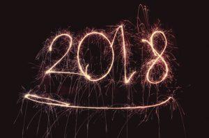rétrospective 2017, image d'étincelles qui annoncent l'arrivée de 2018